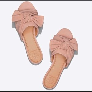 Tory Burch🌸 Annabelle Suede Bow Slides